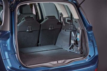 Compact design fits perfectly inside many vehicle makes and models